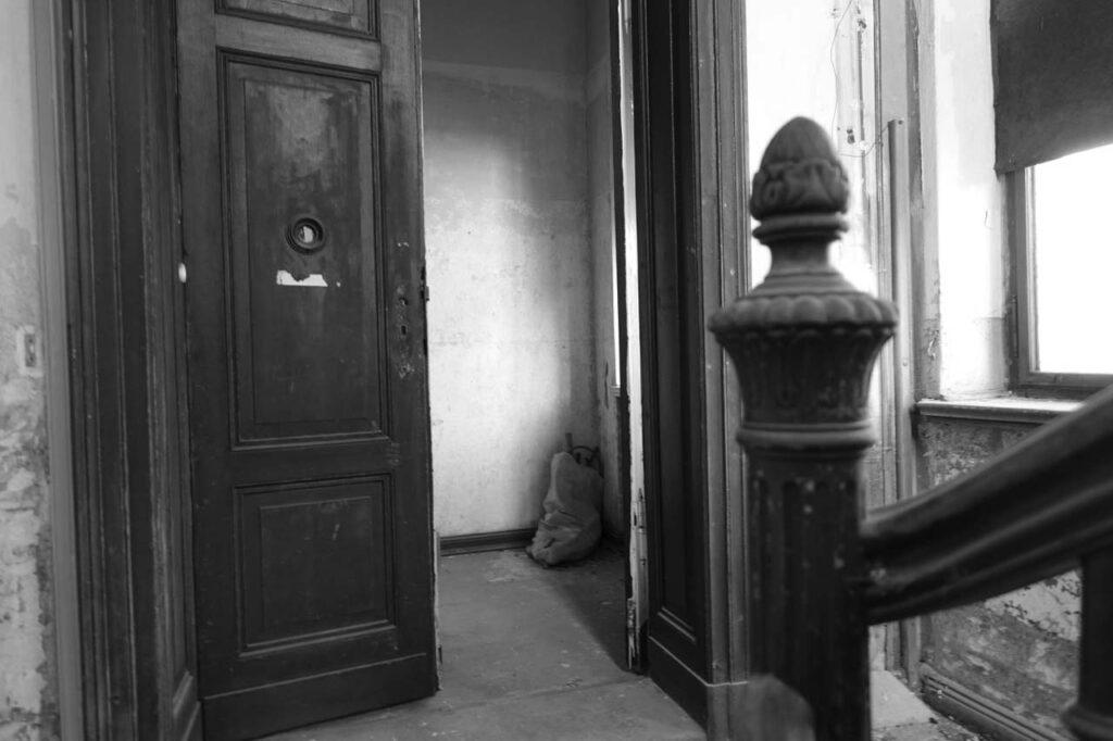 was ist eigentlich ein escape game mystery house blog. Black Bedroom Furniture Sets. Home Design Ideas